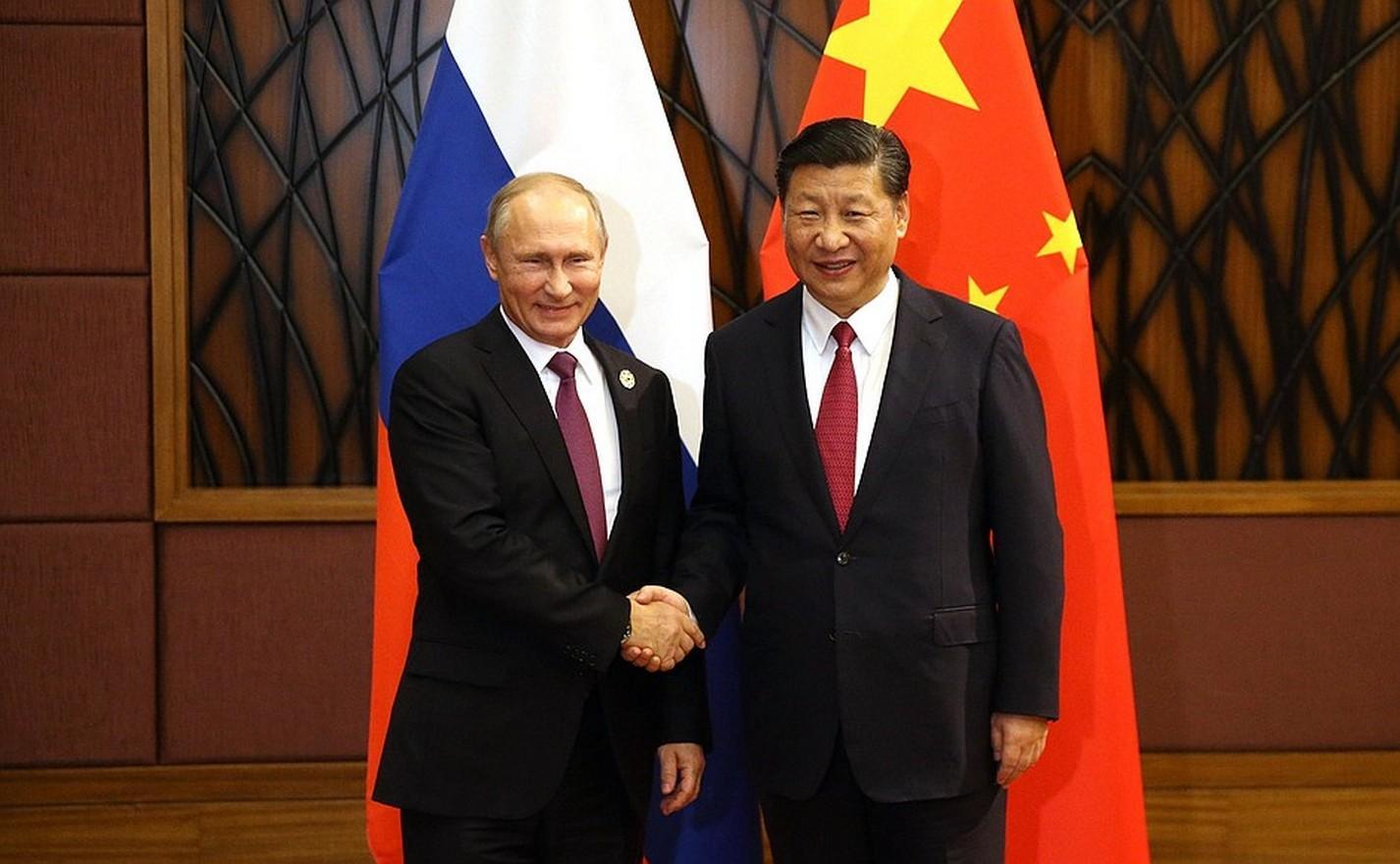 Путин иСиЦзиньпин испекли обычные блины сикрой