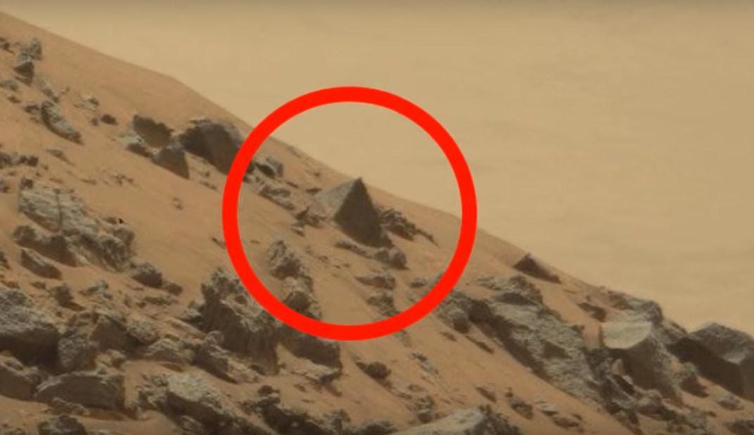 Умарсохода Curiosity появились проблемы синформацией. исследование Марса остановили