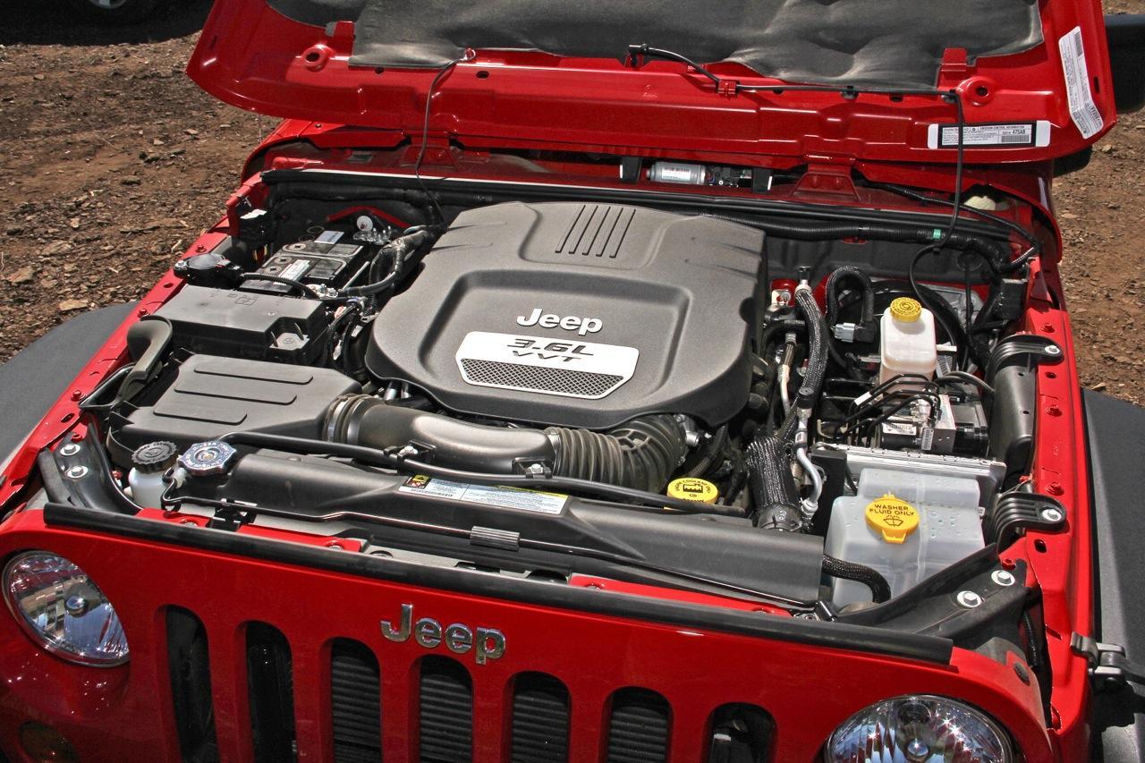 Инсайдеры говорили о новых двигателях модели Jeep Wrangler