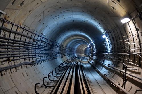 В Москве начали строить тоннель от красной линии метро до БКЛ