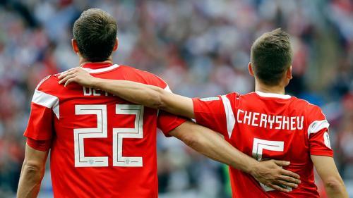 Герои все те же: Россия обыграла Турцию в первом матче футбольной Лиги Наций