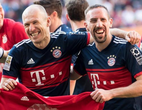 Футболисты «Баварии» сдали анализ крови прямо на поле