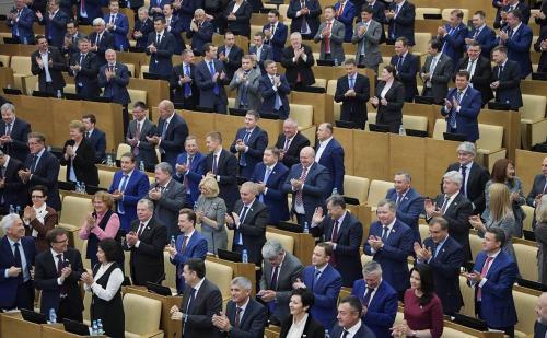 Госдума одобрила законопроект о наказании работодателей «предпенсионеров»