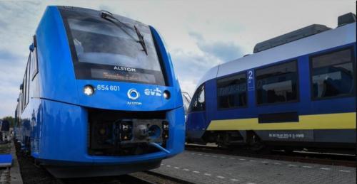 Первый в мире пассажирский поезд на водороде запустили в Германии