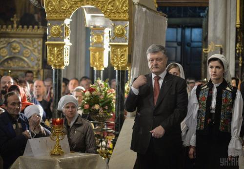 Порошенко заявил о последней стадии в получении автокефалии УПЦ
