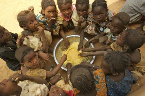 В ООН заявили, что половина бедных планеты - дети