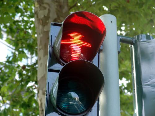 На новые дорожные знаки в Ростове потратят 50 млн рублей