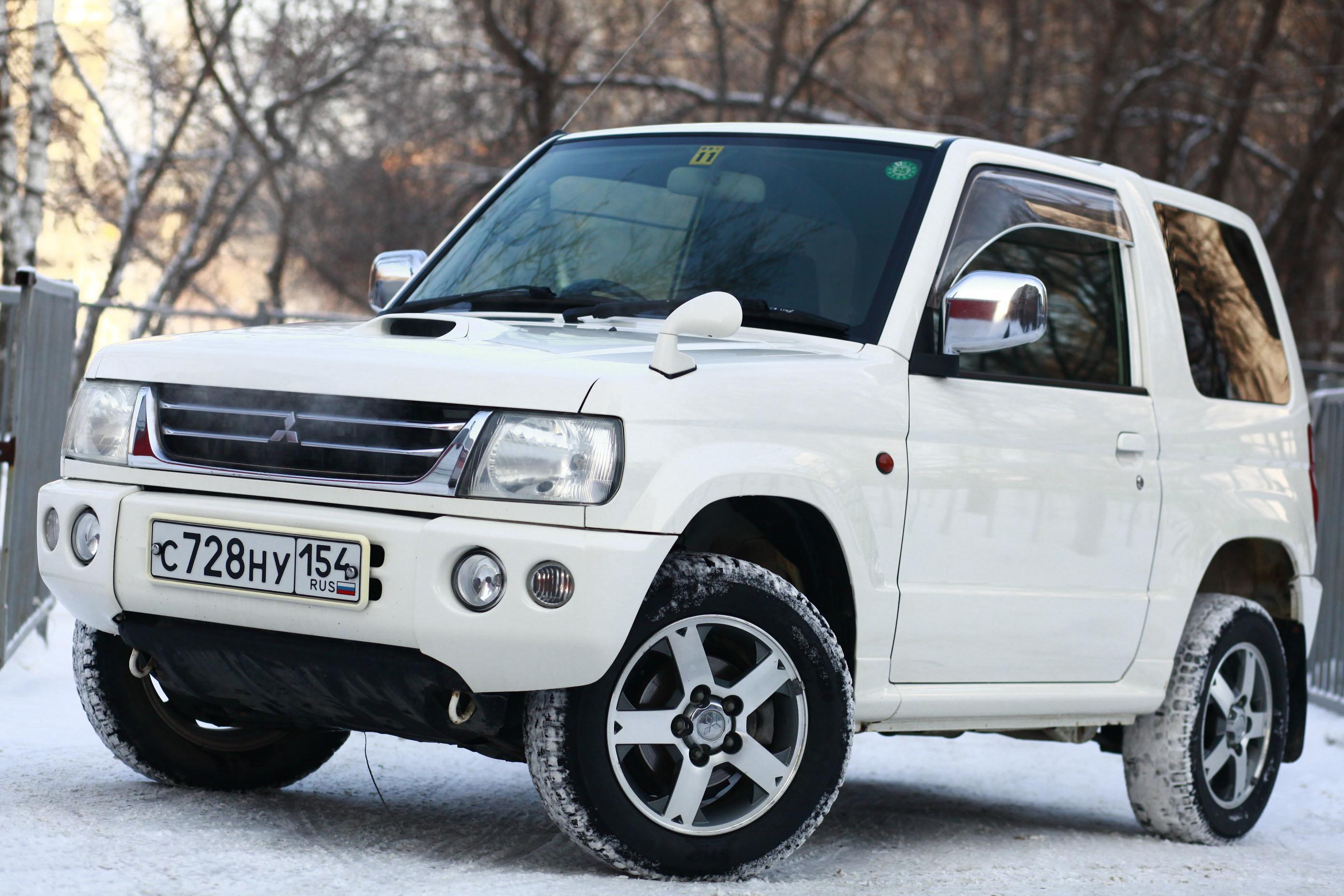 Митцубиши Pajero Мини возглавил ТОП-5 полноприводных SUV сослабыми моторами