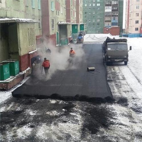 Российские дорожники будут «укладывать» асфальт на снег
