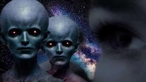 «Пятая колонна»: Пришельцы с Нибиру распродают землянам планеты Солнечной системы - уфологи