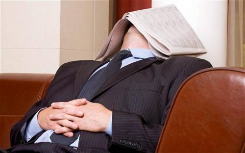 Учёные раскрыли влияние дневного сна на мозг