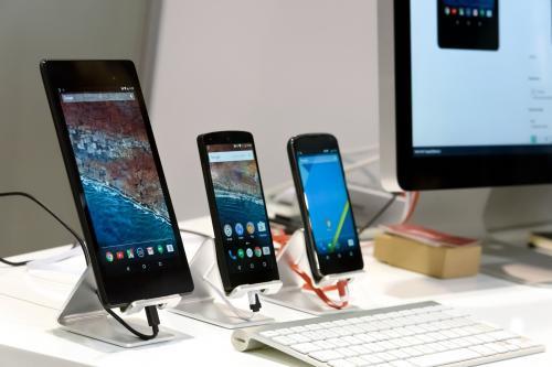 Эксперт назвал пять нагло переоцененных смартфонов