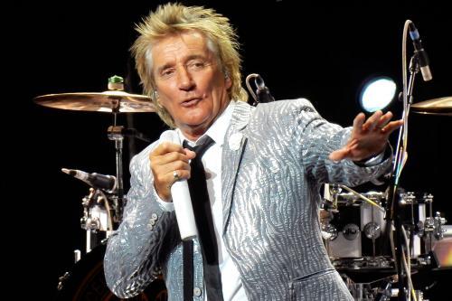 Британский певец Род Стюарт два года скрывал онкологическое заболевание
