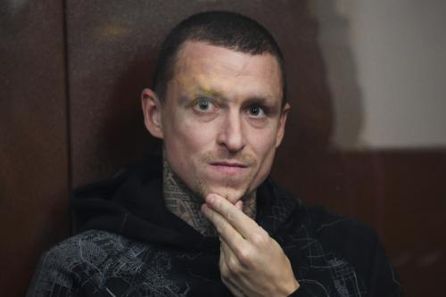 «Талант с двумя детьми»: Адвокат Мамаева безуспешно пытался вытащить клиента из СИЗО