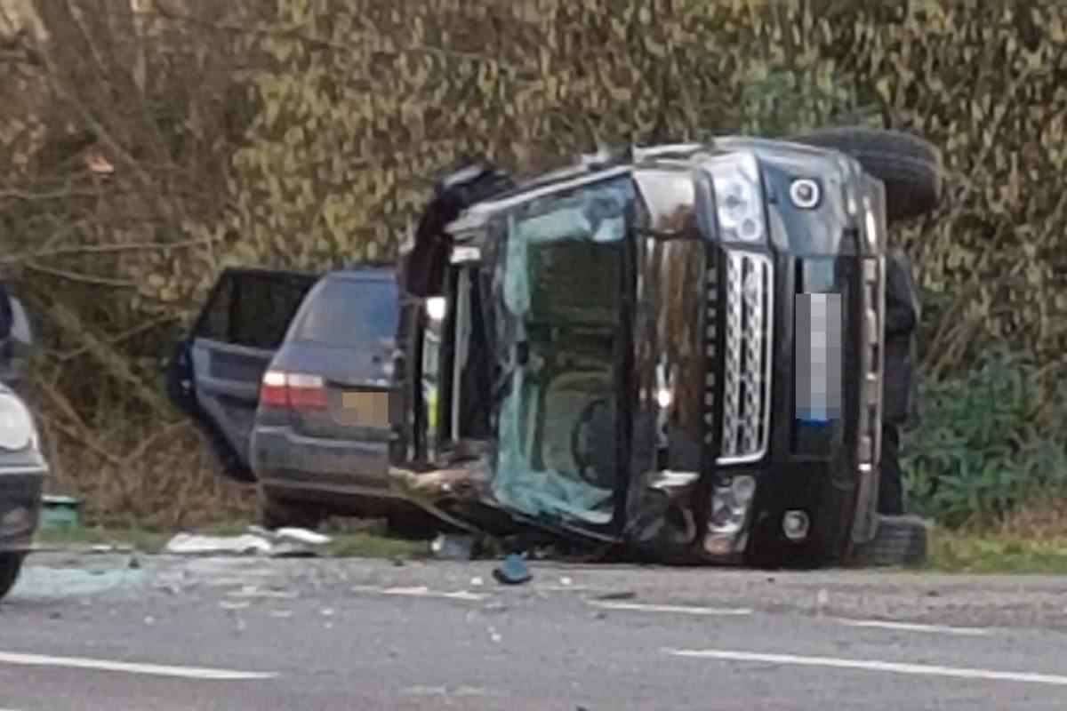 Обломки автомобиля супруга ЕлизаветыII выставили на реализацию