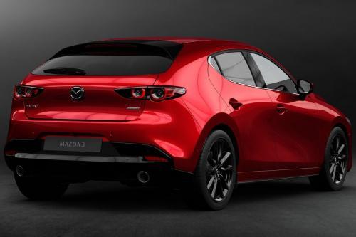 «Автомобиль как искусство»: Впечатления о Mazda 3 2019 года записал эксперт