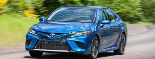 «Устаревший, но пригодный»: Состояние Toyota Camry с пробегом в 230 000 км оценили блогеры