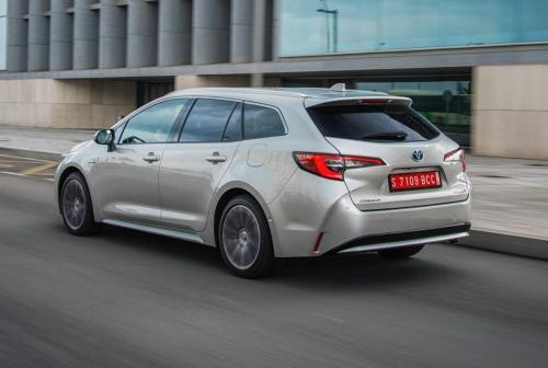 Дешево и полезно: Составлен ТОП-10 товаров для Toyota Corolla с AliExpress