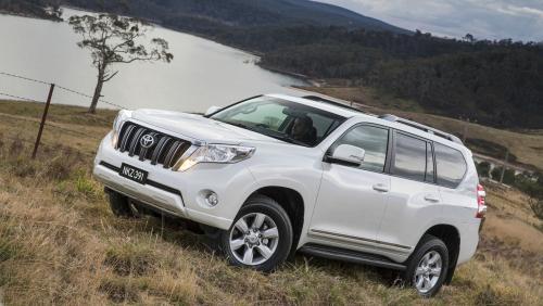 «Обогнать Жигуль – целая история»: О претензиях к новому Toyota Land Cruiser Prado рассказал водитель