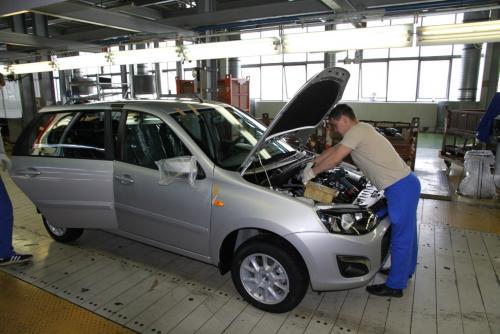 Автомобилисты против «АвтоВАЗ»: ТОП-5 причин не покупать модели LADA озвучили в сети