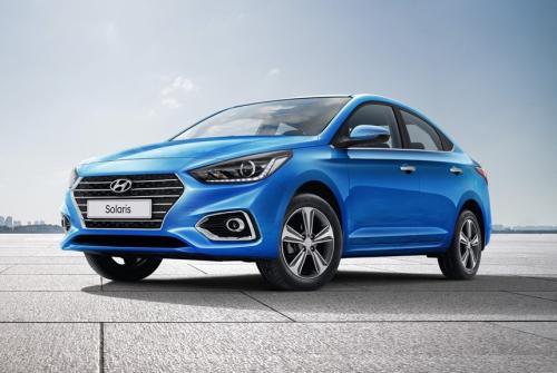 «Я не готов за это переплачивать»: Блогер сравнил LADA Vesta 1.8 и Hyundai Solaris 1.6