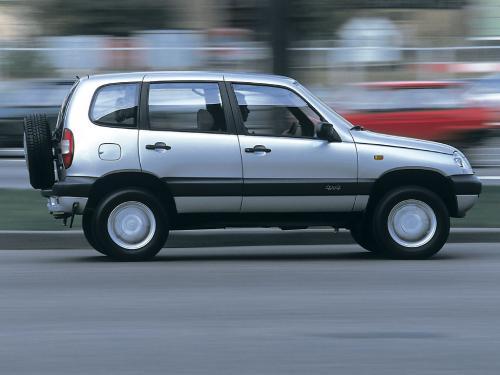 «Поседел в один момент»: На качество металла комплектующих Chevrolet Niva пожаловался блогер