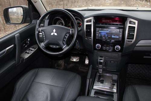 «От добра добра не ищут»: О «болячках» Mitsubishi Pajero IV рассказал блогер