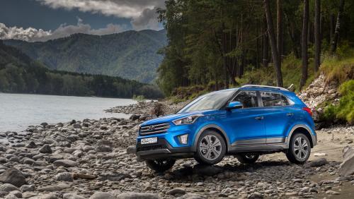 «Не быть АвтоТазу машиной никогда»: Чем Hyundai Creta лучше LADA XRay Cross, объяснили в сети
