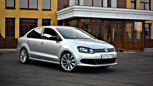 Как «Москвич 412»: Таксист пожалел, что поменял Volkswagen Polo на Hyundai Solaris