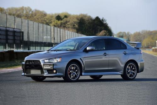 «Продолжает радовать надежностью и функционалом»: О впечатлениях от 13-летнего Mitsubishi Lancer рассказал блогер