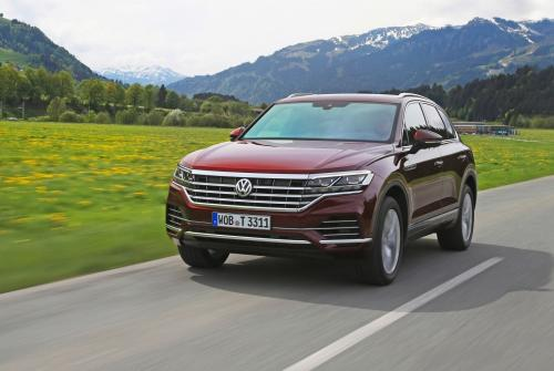«Лучший автомобиль в мире до 2 млн рублей»: Чем так хорош Volkswagen Touareg, объяснил эксперт
