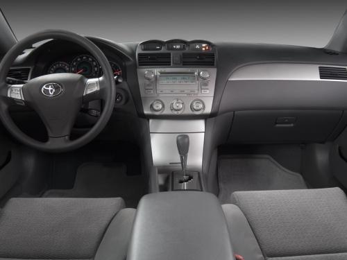 О плюсах и минусах установки ГБО на Toyota Camry рассказал владелец