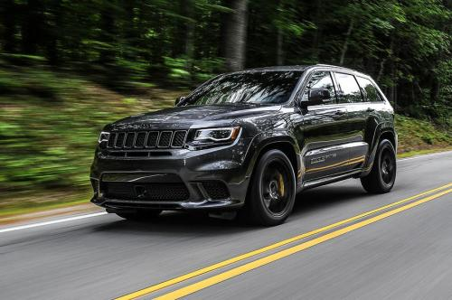 «Металл против пластика»? В сети сравнили старый и новый Jeep Cherokee
