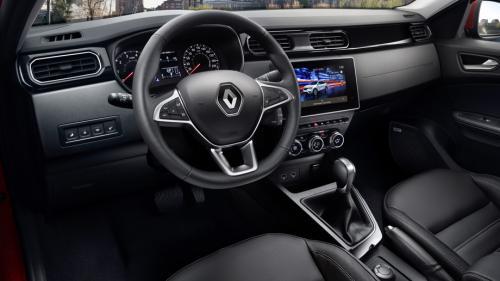«За 1,5 миллиона конкурентов нет»: Владелец «Дастера» протестировал Renault Arkana