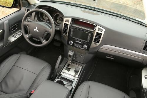 «Японцам следовало бы пошевелить извилинами»: Владелец Mitsubishi Pajero высказался о недостатках машины