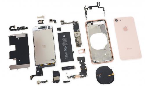 Без обмана: Россиянин рассказал, как дёшево починить iPhone