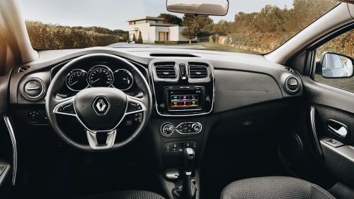 «За эти деньги ничего лучше не взять»: Владелец рассказал о плюсах Renault Logan 2019