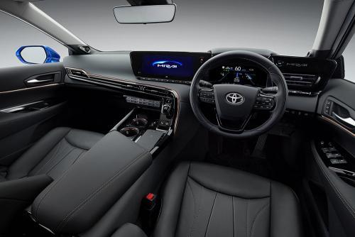«Самая полезная Тойота»: Блогер рассекретил новую Toyota Mirai 2020