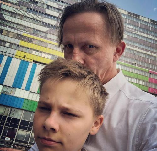 Почему Иван Охлобыстин боится потерять шестерых детей?