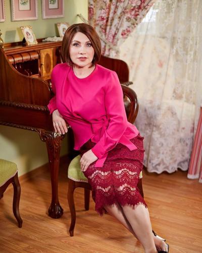 Роза Сябитова назвала Гузееву «идеалом» красоты и раскрыла зависть к Ларисе