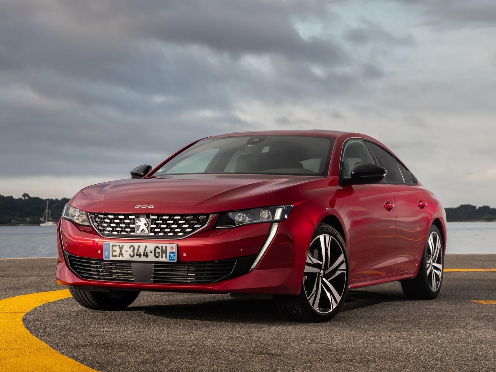 Peugeot (Пежо) запатентовал в Российской Федерации лифтбэк 508